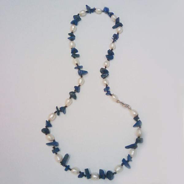 White Freshwater Pearl Necklace by IPEARL with Lapis (GZN-10005)