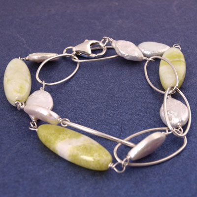 IPEARL Bracelet with 7-8mm Keishi White Pearl and Jade, Silver Clasp (TRB-3585)