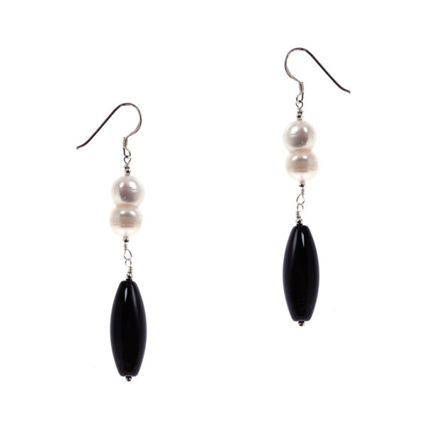 Sterling Silver Freshwater Pearl Earrings by IPEARL with White Roundle Pearl, Black Agate (TRE-3645)