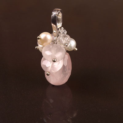 Freshwater cultured pearls with Rose Quartz, Silver Pendant (TRP-7011)