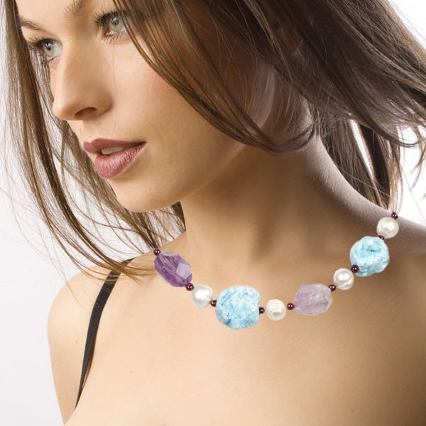 18 Inch Freshwater Pearl Necklace by IPEARL with Round White Pearl, Blue Ore, Crystal & Garnet; Silver Clasp (TRN-3732)