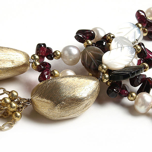 Freshwater Pearl Necklace by IPEARL with 7-8mm Round White Pearl and Shell, Garnet (TRN-2763-P1)