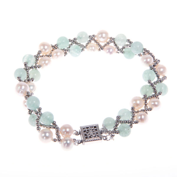 Freshwater Pearl Bracelet by IPEARL with 8-9mm White Round Pearls,  with Aventurine , Copper Clasp